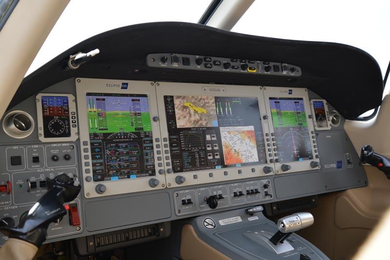 2014 Nbaa Static Display Of Jet Aircraft Page 3