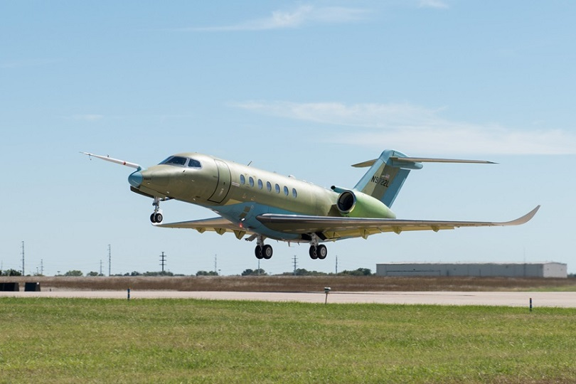 Cessna Citation Longitude Takes To The Skies For The First Time.jpg