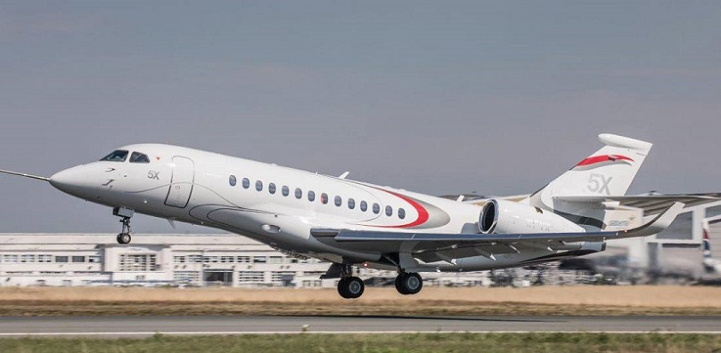 Dassault Falcon 5X Takes To The Skies (1).jpg