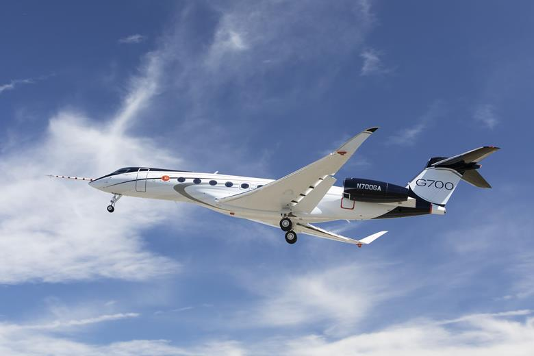 Gulfstream G700 First Flight (1).jpg